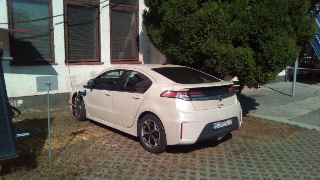 Opel Ampera s