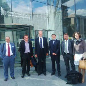 Dňa 19. mája som sa na pozvanie Solar Power Europe /EPIA/ zúčastnila v Bruseli vypočutia pred Európskou komisiou vo veci zrušenie tzv MIP – Minimum Import Price, ktoré boli uvedené na čínske panely, v snahe ochraňovať európskych producentov panelov